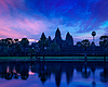 Angkor Wat famous Cambodian landmark on sunrise | 免版税照片