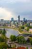 Stadtbild von Vilnius. Ansicht der Turm von Gediminas ` | Stock Foto