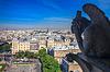 Chimere sucht in Richtung Eiffelturm und Bezirks | Stock Foto