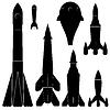 Set von schwarzen Silhouetten von Raketen