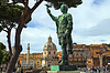 ID 4501369 | Statue des Kaisers Marcus Nerva in Rom, Italien | Foto mit hoher Auflösung | CLIPARTO