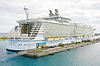 ID 4299210 | NASSAU, BAHAMAS-FEB 4 Royal Caribbean, Allure of | 높은 해상도 사진 | CLIPARTO