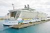 ID 4299210 | Nassau, Bahamas-4. Februar Royal Caribbean Allure of | Foto mit hoher Auflösung | CLIPARTO