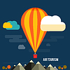 Heißluftballon fliegen über Berg