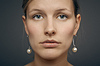 젊은 여자의 초상화 | Stock Foto