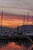 ID 4143784 | Saint-Tropez, Segelmasten mit Leuchtturm im Abendlicht | Foto mit hoher Auflösung | CLIPARTO
