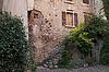 Bardolino, Fassadendetail in der Altstadt von | Stock Foto