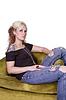 ID 4176581 | Künstlerische Frau sitzt auf Stuhl | Foto mit hoher Auflösung | CLIPARTO