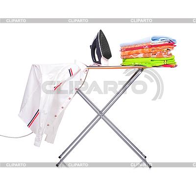Ironing board with man`s shirt | Foto stockowe wysokiej rozdzielczości |ID 4188780