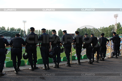 Policemen standing guard over order in stadium | 높은 해상도 사진 |ID 4187653