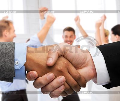 Geschäftsmann und Geschäftsfrau Händeschütteln | Foto mit hoher Auflösung |ID 4458589