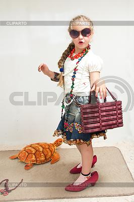 Kleine Fashionista | Foto mit hoher Auflösung |ID 4307738