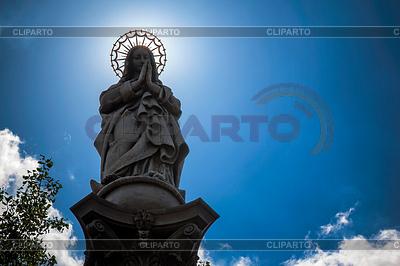 부다페스트, 헝가리에있는 성모 마리아 동상 | 높은 해상도 사진 |ID 4234836