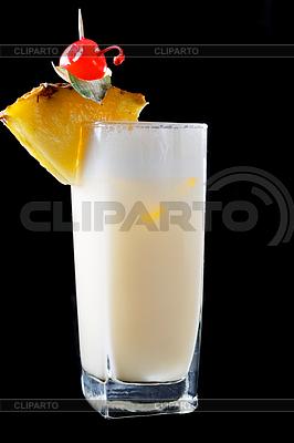 Hohes Glas Pina Colada-Cocktail | Foto mit hoher Auflösung |ID 4151797