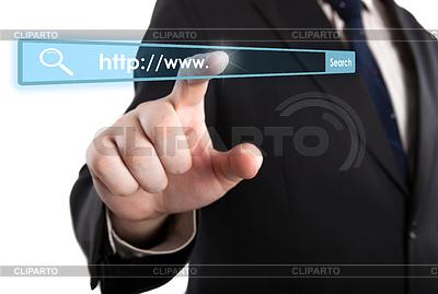 Mann `s Hand Klicks auf Adressleiste | Foto mit hoher Auflösung |ID 4346619