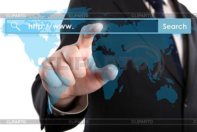 Man `s kliknięć rękę na pasku adresu | Foto stockowe wysokiej rozdzielczości |ID 4346633