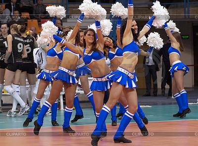 Cheerleaders | Foto stockowe wysokiej rozdzielczości |ID 4342578